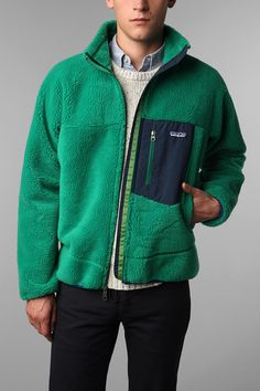 Patagonia retro x Patagonia Retro X, Patagonia Fleece, Patagonia Synchilla, Preppy Boys, Preppy Style, Preppy Outfits, A Boutique, Hooded Jacket, Urban Outfitters