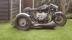 BMW Cafe Racer - Sidecar - Frank Bouwmeester #motorcycles #caferacer #motos | caferacerpasion.com