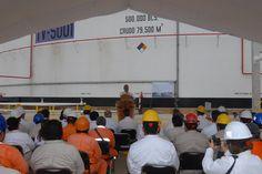 Durante su intervención, el mandatario estatal hizo un reconocimiento a los trabajadores petroleros que realizan diariamente su tarea y se ve reflejado en las obras de infraestructura, que son tan necesarias para generar el crecimiento económico de la entidad.