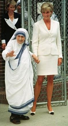 Portraits of Success: Through http://www.a2zzz-door.com , R2S recognizes Mother Theresa and Princess Diana