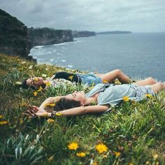 Image shared by O V E R F L O W. Find images and videos about summer, nature and flowers on We Heart It - the app to get lost in what you love. Photo Voyage, Poses Photo, Good Vibe, Photocollage, Adventure Is Out There, The Great Outdoors, Summer Vibes, Summer Breeze, Life Is Good