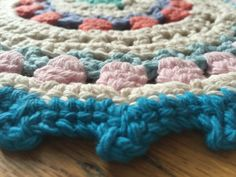 Kathryn's #Crochet Mandala + MORE LOVE