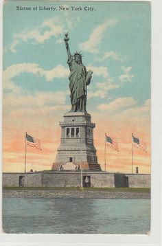 Found on www.urbitrend-collectables.com -- vintage postcards from New York