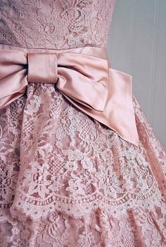 Pinner Said: Pink lace & bow! :: Lovely in Lace:: Soft Pink Lace Dress with Bow:: Vintage Fashion Pink Love, Pretty In Pink, Tout Rose, Chiffon, Satin Bows, Pink Satin, Lace Bows, Lace Ribbon, Satin Sash