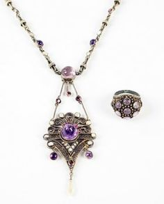 An Art Deco Amethyst, Pearl, And Paste Necklace. : Lot 1627169