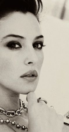 Ms Monica Bellucci ... Captured in time.