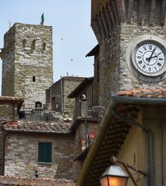 Lunch on Lake Trasimeno, Umbria - VersaVino Umbria Italy, Tuscany, Places To Travel, Places To Visit, Italy News, Visit Italy, Italian Style, Vacation Destinations, Italy Travel