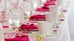Cómo decorar una mesa para celebraciones: más allá de las bodas, bautizos y comuniones