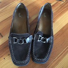 White Mountain Loafters Dark Brown White Mountain Loafers. Size 10 and a lot of wear still left White Mountain Shoes Flats & Loafers