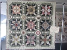 Patchwork of the Crosses Hexagon Quilt, Square Quilt, Paper Piecing Patterns, Quilt Patterns, Millefiori Quilts, Cross Quilt, Japanese Quilts, Foundation Paper Piecing, Antique Quilts