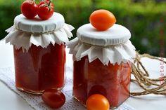 rosii cherry la borcan Hot Sauce Bottles, Pickles, Pudding, Canning, Vegetables, Desserts, Food, Tailgate Desserts, Deserts