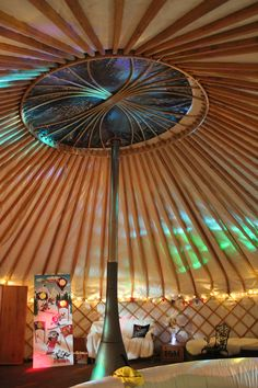 Inside the Yurt. www.yorkshireyurts.co.uk