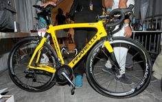 Road Cycling UK |   Bikes of the 2013 Tour de France: Chris Froome's yellow Pinarello Dogma 65.1 Think 2