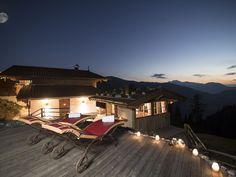Chalet Bischoferalm  Alpbach  - Aussicht auf die Berge bei Abenddämmerung