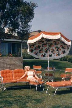 Marilyn -- love the yard furniture