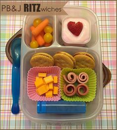 The Lucky Lunchbox/ Peanut butter and jelly RITZwiches lunch packed in Easylunchboxes