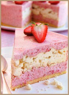 torta helada de frutillitas con merengue! *-* : baba! ** | icecreamadiction