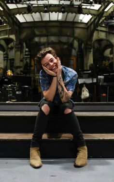 Harry Styles Bandana, Harry Styles Snl, Harry Styles Face, One Direction Harry Styles, Harry Styles Imagines, Harry Styles Pictures, Harry Edward Styles, Harry Styles With Baby, Harry Styles Headband