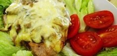 Pork with mushrooms and cheese Pork Mushroom, Baked Potato, Main Dishes, Stuffed Mushrooms, Cheese, Chicken, Ethnic Recipes, Main Course Dishes, Stuff Mushrooms