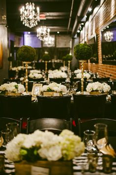 striped black and white linens wedding