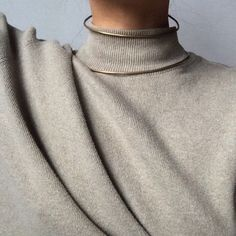 collsweater & dubble neck piece from fixed air
