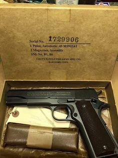Nice!..... Colt 45, Colt 1911, Mens Silver Jewelry, Gun Art, 45 Acp, Cool Guns, Guns And Ammo, Shotgun, M1911 Pistol