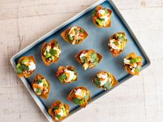 Get Wonton Taco Cups Recipe from Food Network Wonton Taco Cups, Wonton Tacos, Appetizer Dips, Appetizers For Party, Appetizer Recipes, Italian Appetizers, Party Recipes, Dip Recipes, Snack Recipes