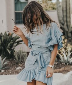 Denim dress for a brunch with my @fwrd family  #lookfwrd #collageontheroad