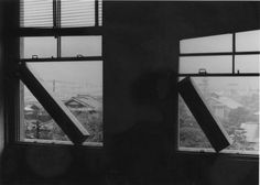 Limitless Situation (window) (1970), installation view at the National Museum of Modern Art, Kyoto. Courtesy Kishio Suga and Tomio Koyama Gallery, Tokyo.