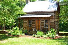 Romantic 1860's cabin nr Charlotte in Concord