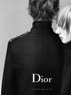 Dior in Dazed, Issue September 2002 Dior Fashion, Fashion Brands, Men Fashion, Black Aesthetic Fashion, Female Personal Trainer, Dior Logo, Madrid, Campaign Fashion, Moda Vintage