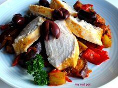 Doskonale skomponowane ratatuille z delikatnym i soczystym filetem z kurczaka...