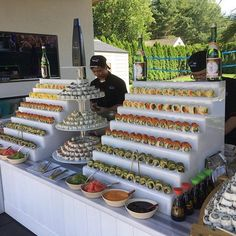 Erinnern an Sommertage in diesem Regen # Catering - Sushi Catering, Catering Buffet, Catering Display, Catering Ideas, Sushi Buffet, Party Buffet, Sandwich Buffet, Wedding Buffet Food, Dessert Bars