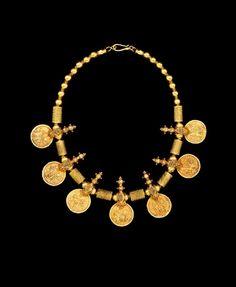 India   Coin necklace; 18k gold. Symbolising prosperity   10'000$