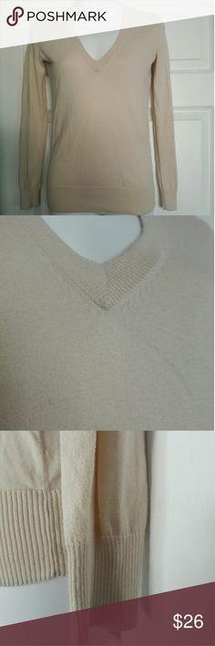 J.Crew nude long sleeve size xxs 100% cotton comfy J.crew long sleeve with v-necI Size xxs J. Crew Sweaters V-Necks