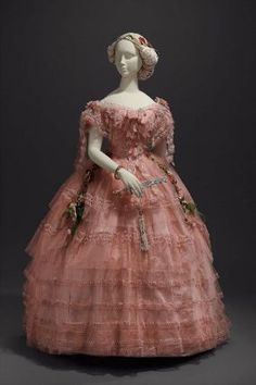 Ball dress in two parts  about 1858