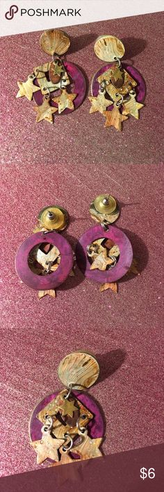 """Vintage pink artist circle & star dangle earrings Cute yet chic! These metal earrings are dark fuchsia and light rose gold, all distressed painted. Three stars and a six pointed star dangle from geometric shapes. Perfect for the summer arts fair or adding some whimsy to date night! A dreamer's delight. Measures 2"""" long, perfect condition. Bundle to save ❤️ Jewelry Earrings"""
