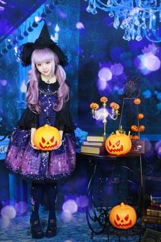 26 Fashion Rules You Should Break Immediately Halloween Lolita<--- Halloween is the one day for lolitas to break da rules of the fashion and add costume-y elements to their coordinates. (I love Halloween-inspired coordinates!)
