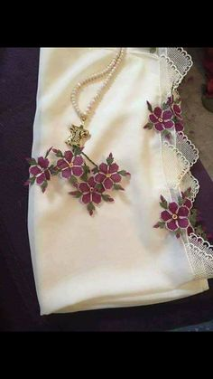 This Pin was discovered by Gül Pin On, Needle Lace, Couture, Hand Embroidery, Tatting, Needlework, Diy And Crafts, Wool, Tableware