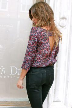 keyhole floral blouses