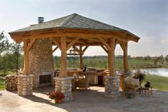 Impressive outdoor entertaining space!