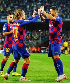 Antoine Griezmann, Best Football Players, Football Team, Messi And Ronaldo, Best Club, Lionel Messi, Valencia, Soccer, Turtles