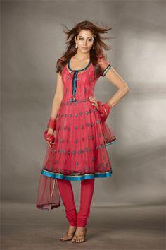 6bd0960afd Ethnische Outfits, Indische Outfits, Shalwar Kameez, Oster Kleid, Hindu  Hochzeiten, Indische