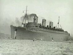 RMS Queen Mary in wartime gray