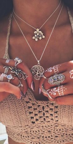 nice Boho jewelry style... by http://www.dezdemonfashiontrends.top/bohemian-fashion/boho-jewelry-style/