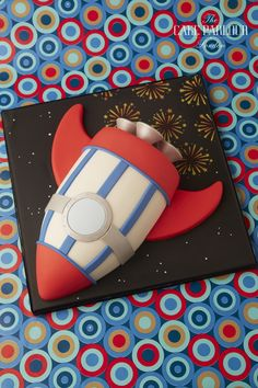 The Cake Parlour designs and creates beautiful celebration cakes for birthdays, christenings and other special occasions. 4th Birthday Cakes, Birthday Cookies, 4th Birthday Parties, Rocket Ship Cakes, Rocket Cake, Gateau Harry Potter, Theme Harry Potter, Otter Birthday, Astronaut Party