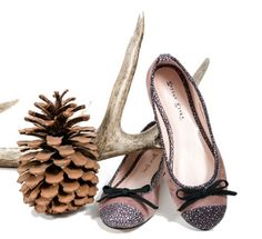 Add a little bit of sparkle to your Christmas and treat yourself… Pumps, Heels, Fall 2015, Wardrobe Staples, Sparkle, Autumn, Christmas, Fashion, Heel