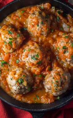 Unbelievably easy Oven Baked Italian Meatballs! Perfect for a weeknight dinner and on the table in LESS than 30 minutes, Gluten Free and Paleo too!