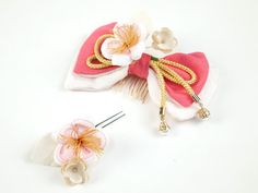 Japanese style hair comb. Chirimen bow + cherry blossoms.