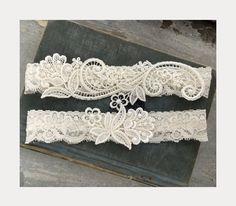 Ivory lace wedding garter set.
